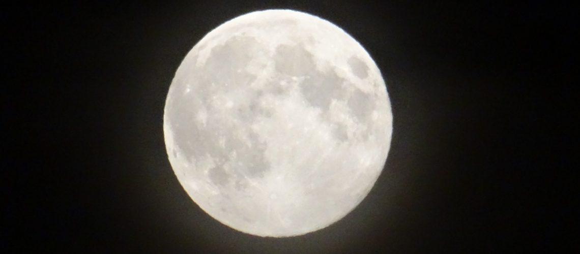Moon 22-7-2013 01